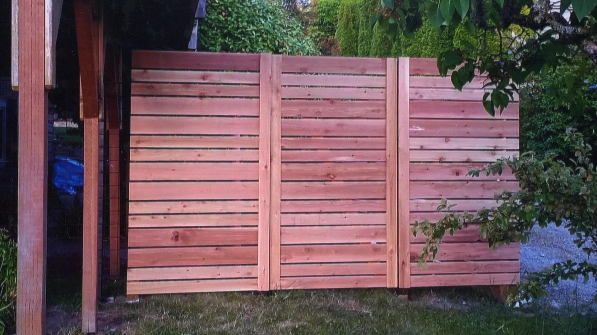 Как сделать деревянный забор - штакетник своими руками 86